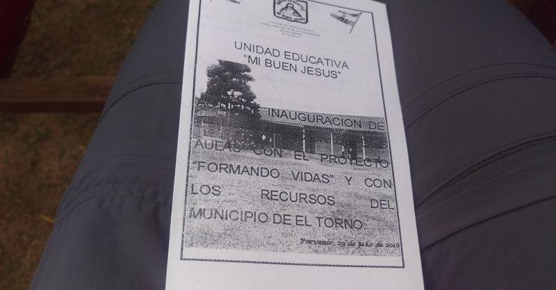 Flyer van de school