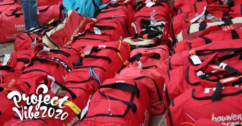 De tassen staan klaar