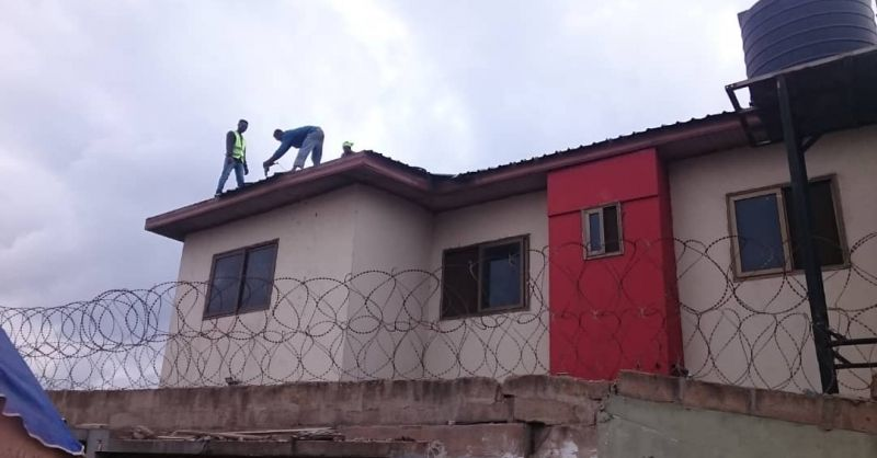 Re-roofing the appartment and library