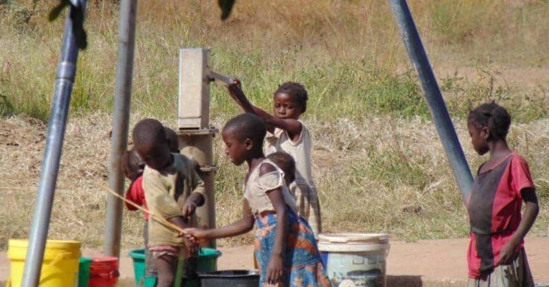 Ook de kinderen helpen mee