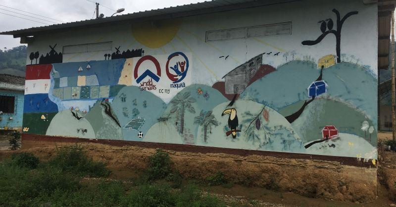 Muurschildering in het dorp