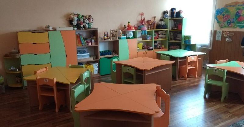 Mooie meubels in de kleuterklassen