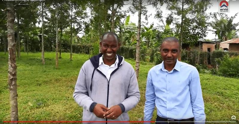 Jacques (li) en Amani (re) vertellen meer over het project