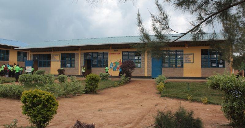 Onderkomen - primary school-2