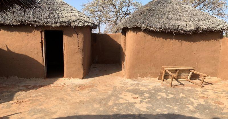 Binnenplaats bij lerarenhuisjes
