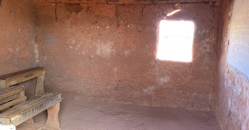 Oud/primitief klaslokaal