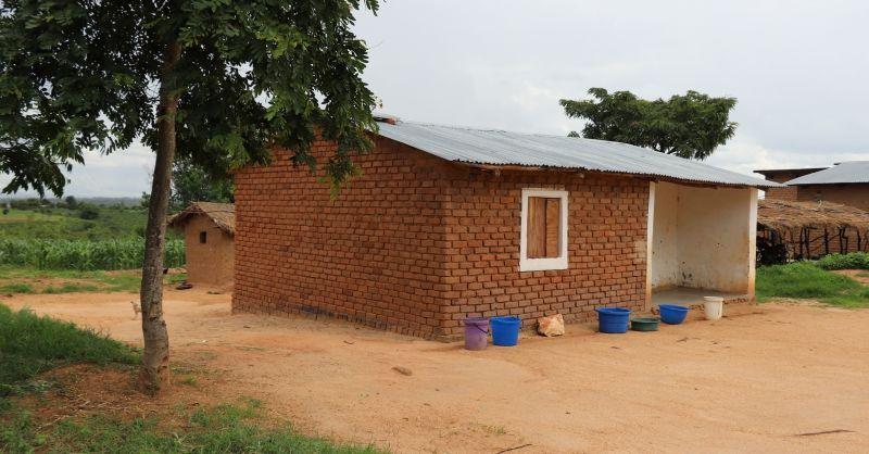 Bestaande teacher house