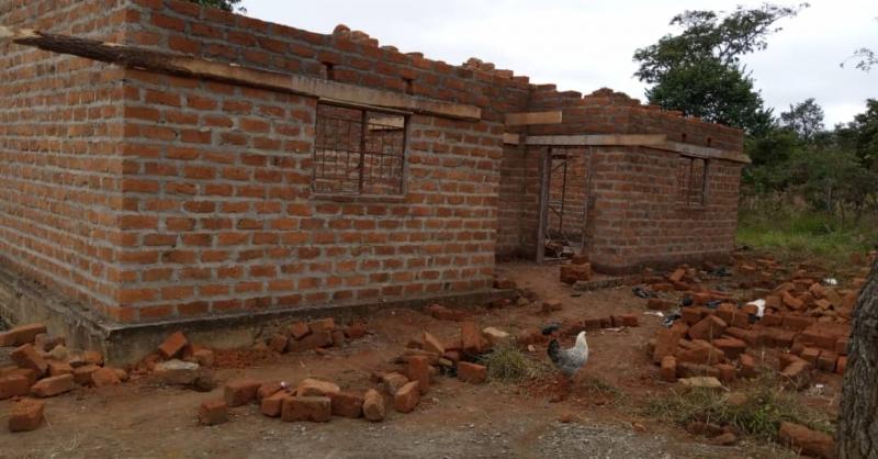 De muren van de kliniek staan