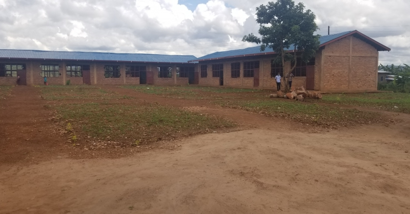 Newly built primary school (right wing)