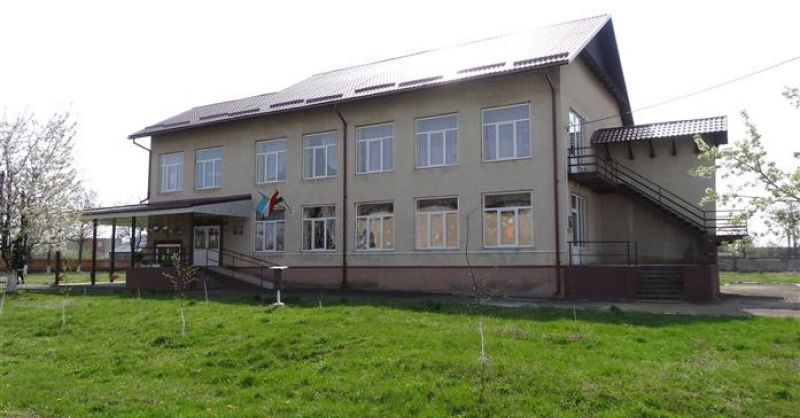 OE213 and OE212 Almas - Renovation kindergarten - front view