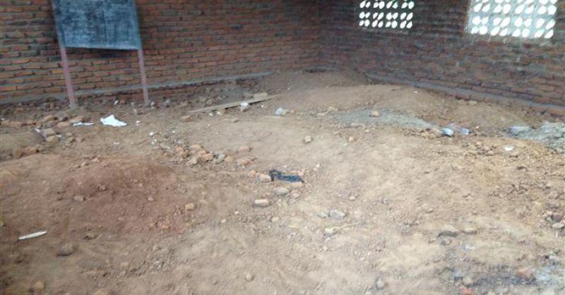Het gebouwde schoolblok moet nog verder afgemaakt worden ...