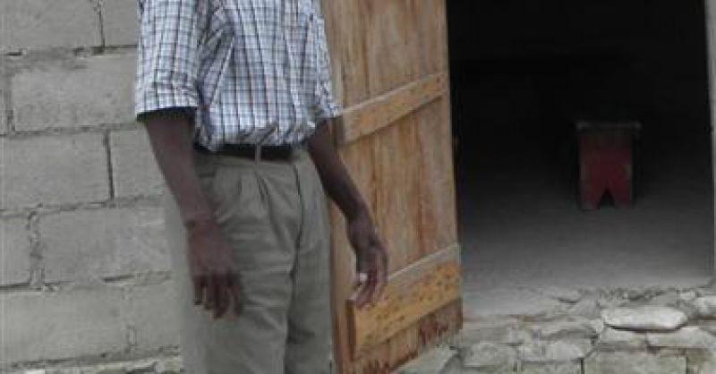 Director of school in Marot