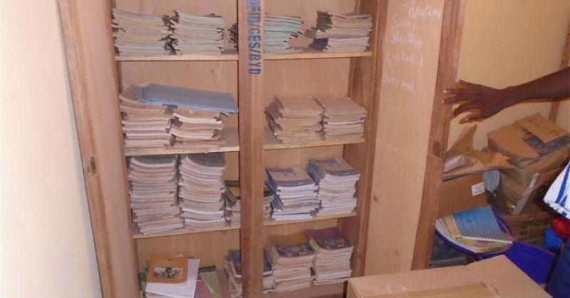 Kast met lesboeken