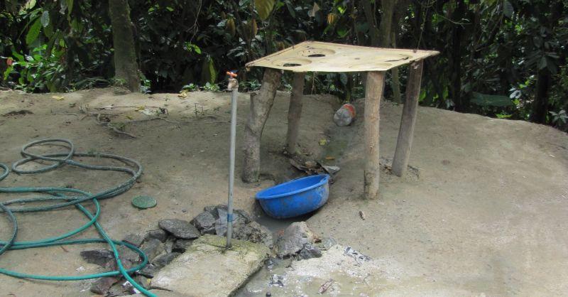 Waterkraan voor wasplaats