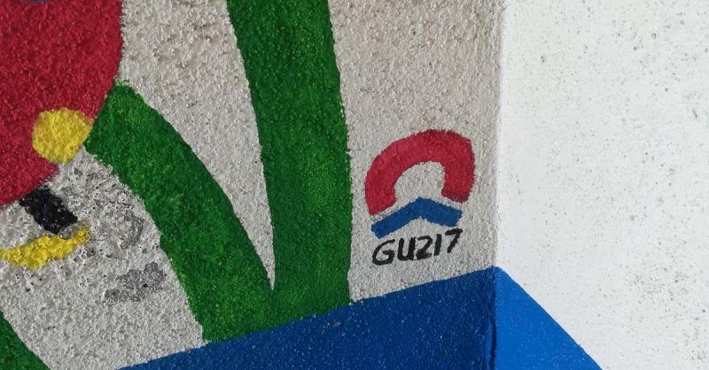 GU217 present!