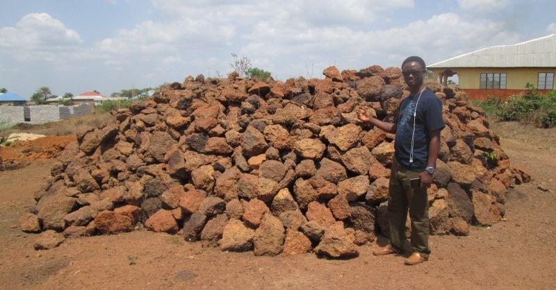 Stenen zijn klaar om vervoerd te worden naar de bouwplaats