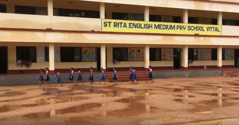 Wandelen over het schoolplein