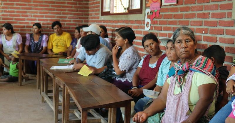 Samen met de lokale bevolking worden de plannen besproken