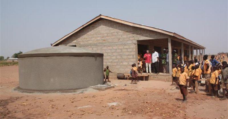 Watertank bij nieuwe school
