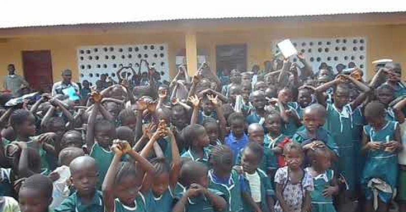 World Servants | SL119 - Laminaya | zingende kinderen