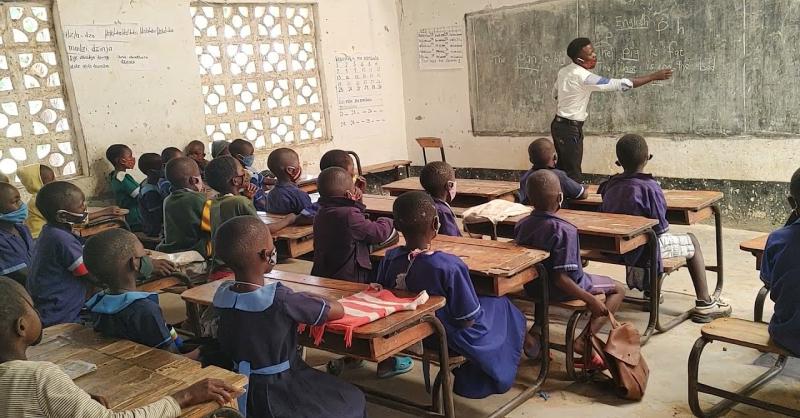 Kanjazi school helpt through Covid program
