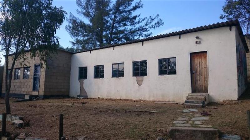 Een van de schoolgebouwen
