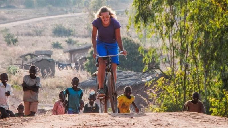 Fietsen door Afrika