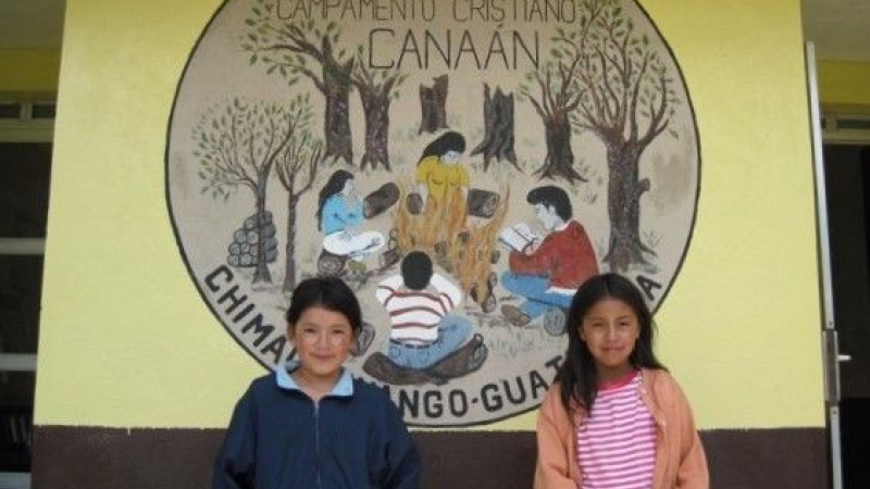 Kids van AMG scholen naar Camp Canaan