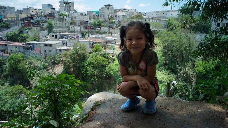 Veel van de kinderen wonen in een achterstandswijk
