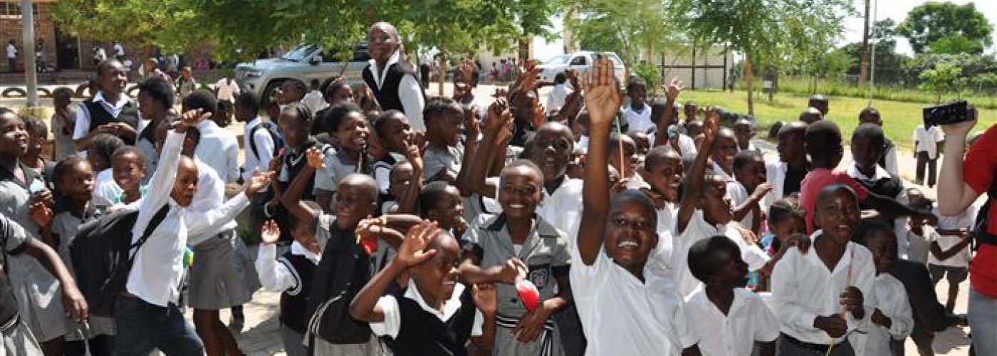 Kinderen op school voor kinderprogramma