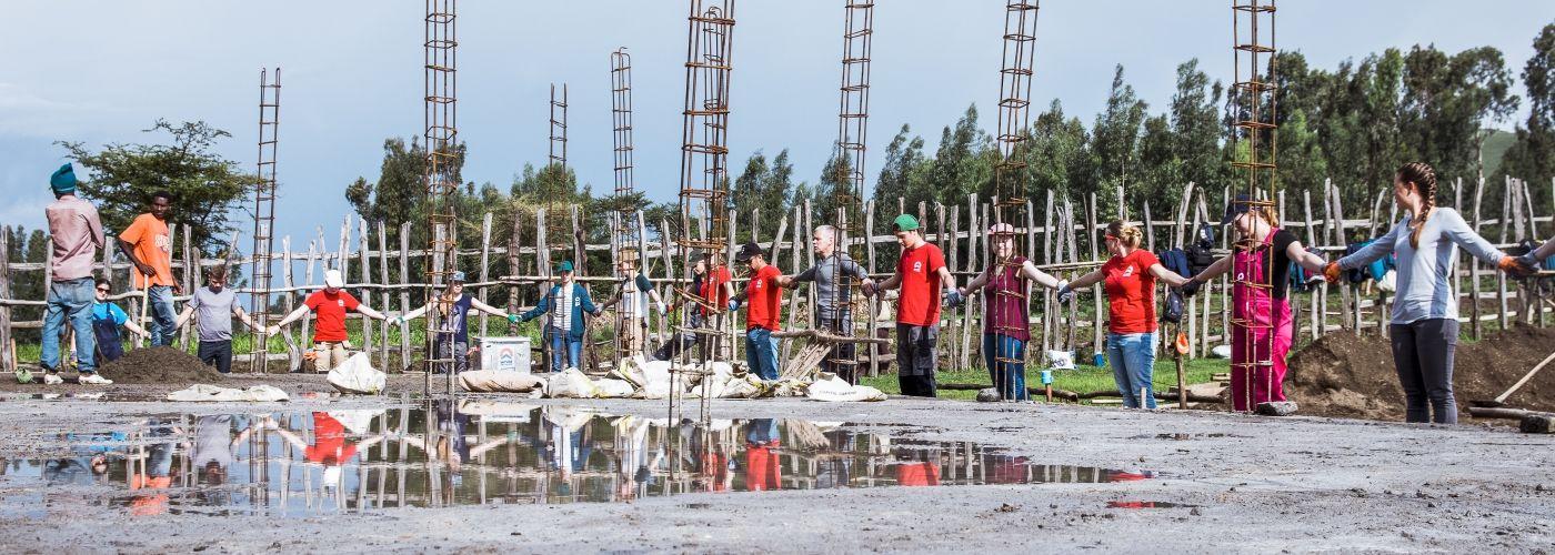 Opening van de bouw
