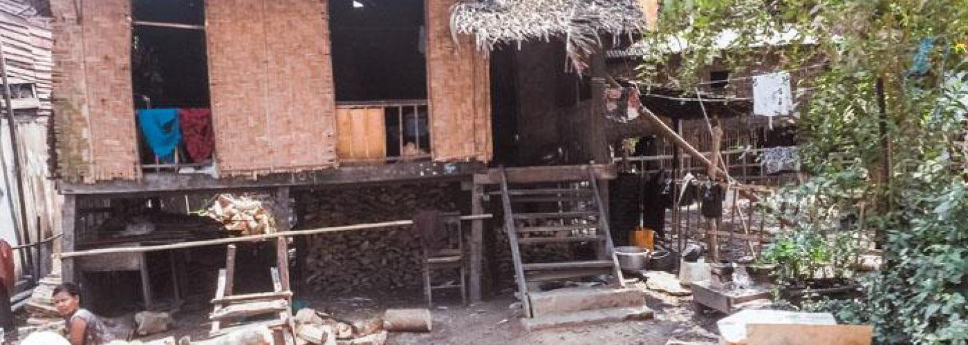 Typische bouw in Myanmar - een huis op palen