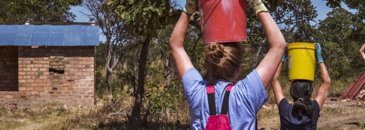 Leer water dragen als de locals
