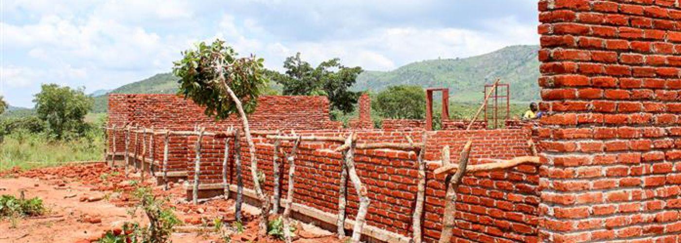 Schoolblok in aanbouw