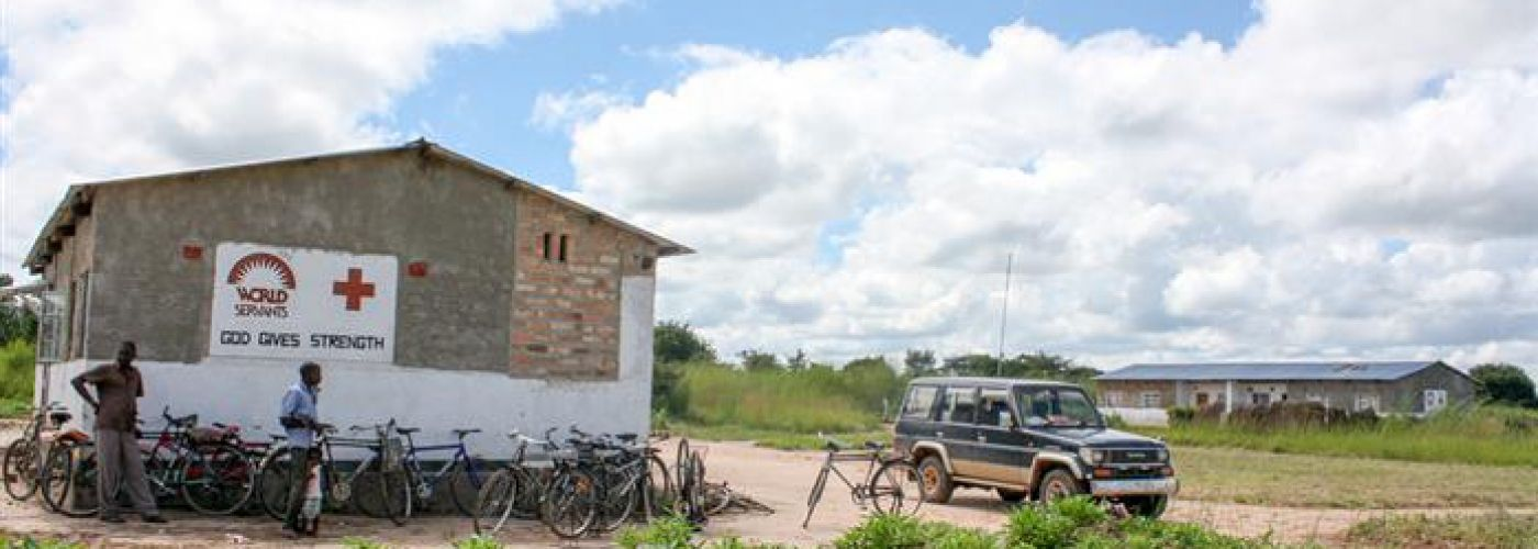 Vanuit de omgeving komen de mensen op de fiets
