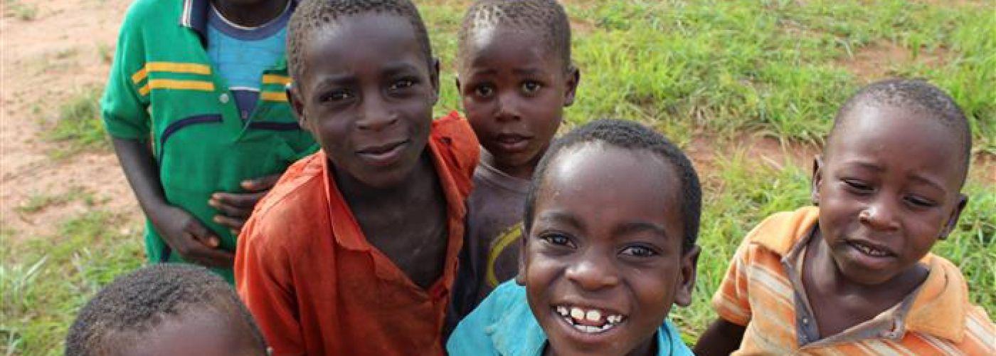 Kinderen uit het dorp