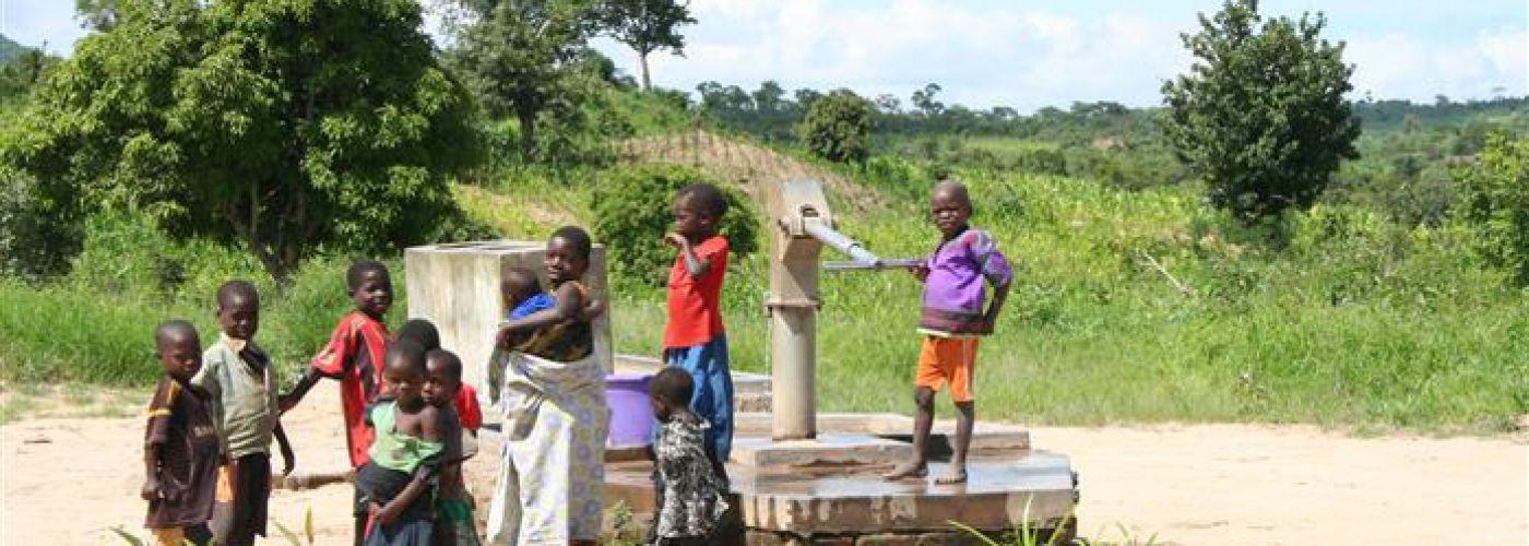 Waterput in de buurt van de school