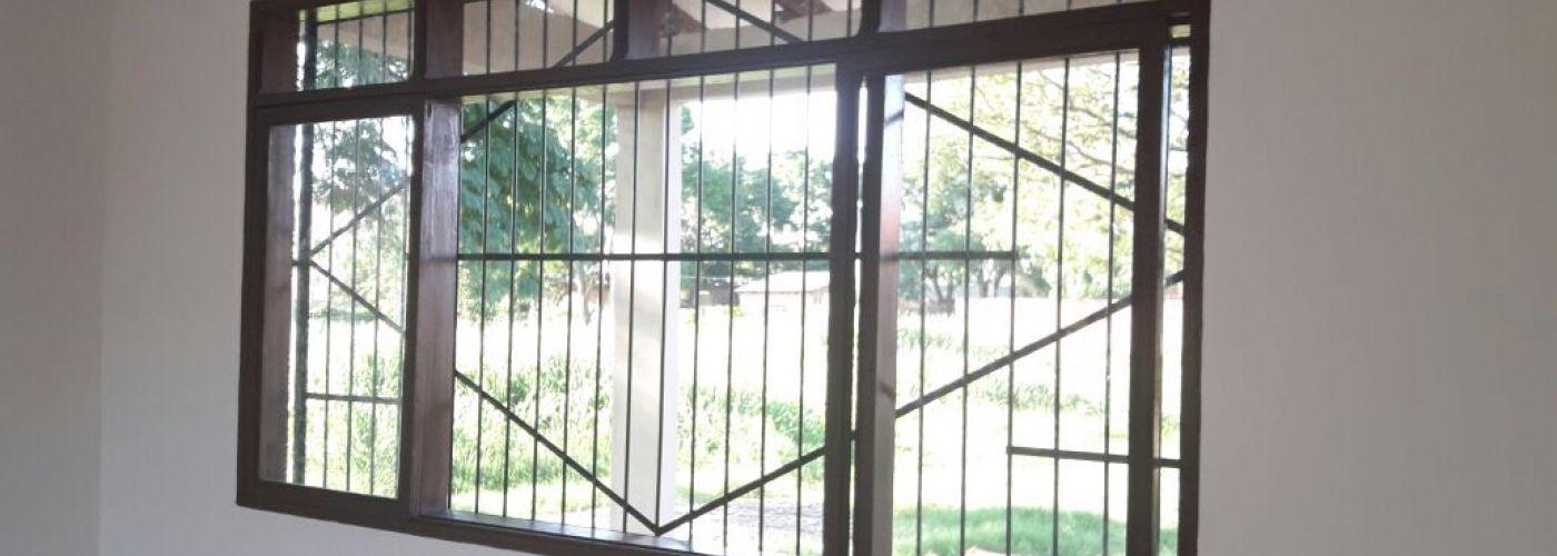 De ramen zijn geplaatst