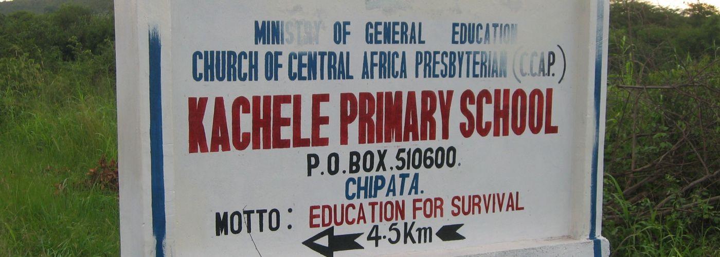Onderweg naar de Kachele Primary School