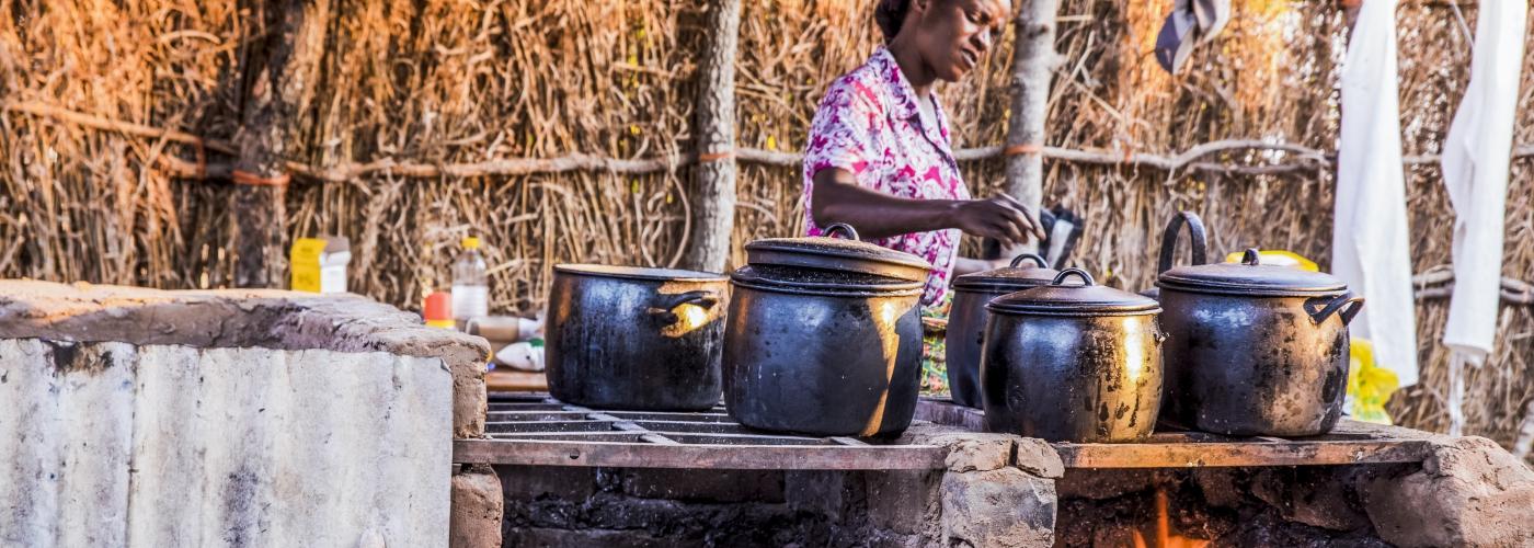 Ook een primitieve keuken geeft een goede maaltijd