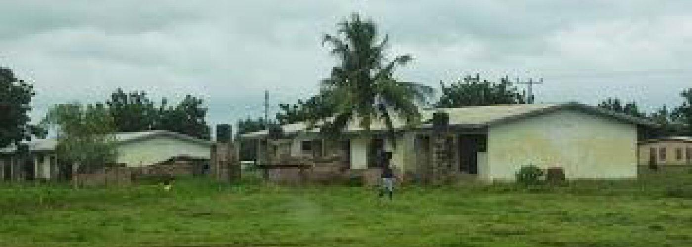 De lerarenwoningen in Ugando